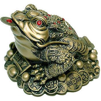 Чего ждать от трёхлапой жабы с монеткой во рту